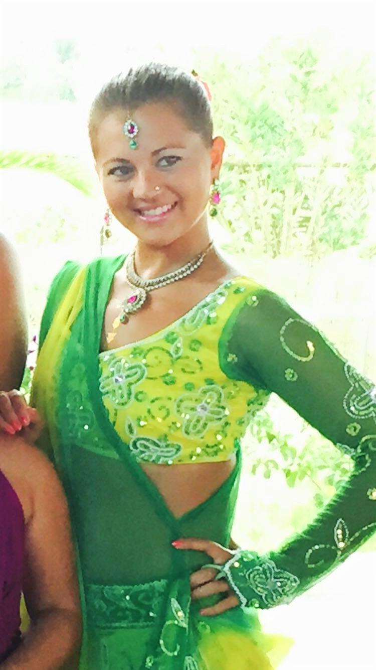 Bollywood Tänzerin.JPG